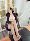 [AISS爱丝]丝*袜美*腿外拍 No.TR010 严佳丽 爱穿裤*袜的上司