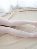 [森萝财团]萝莉丝足写真 R15-006 水嫩嫩的白丝美足(17)