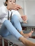 大西瓜美女图片 Z6-3 模特1 9牛仔短丝371p1