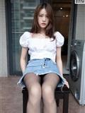 MSLASS梦丝女神 2019-08-28 Vol.044 魏婷婷 家中搭配黑袜(17)