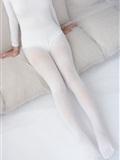 [森萝财团]萝莉丝足写*真 ALPHA-007 纯白的诱*惑白丝裸足(11)
