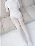 [森萝财团]萝莉丝足写*真 ALPHA-007 纯白的诱*惑白丝裸足(12)