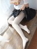 森萝财团写真 - [BETA-028] 白丝美足学生妹(14)